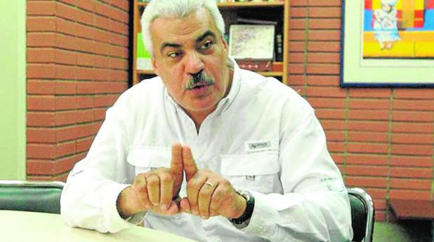 El secretario político de la MUD, Ángel Oropeza