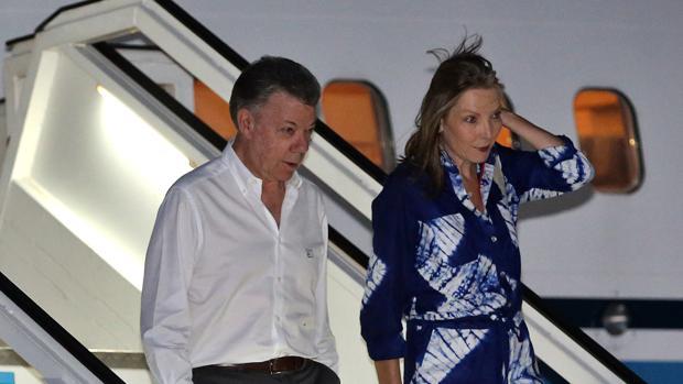 El presidente de Colombia, Juan Manuel Santos, a su llegada al aeropuerto de La Habana