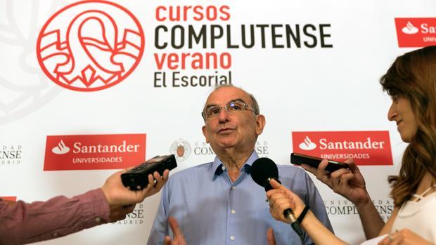 Humberto de la Calle recalca que no habrá impunidad para las FARC ni para los «agentes del Estado que han desviado su misión constitucional»