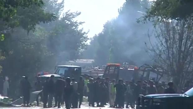 Un atentado suicida con coche bomba ha vuelto a sembrar el terror en Kabul (Afganistán)