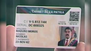 El «carné de la patria» que Maduro utiliza para vigilar a los electores