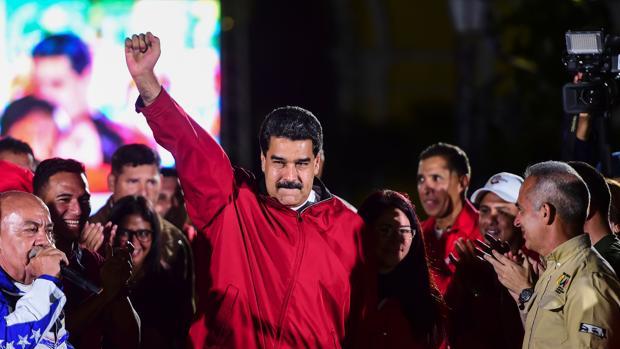 Estados Unidos impone sanciones económicas directas a Nicolás Maduro