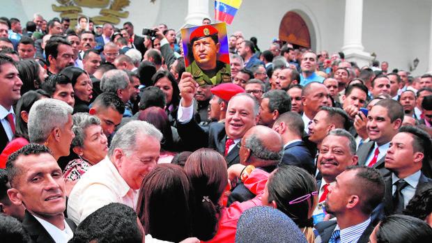 Maduro impone como poder supremo una Constituyente de partido único