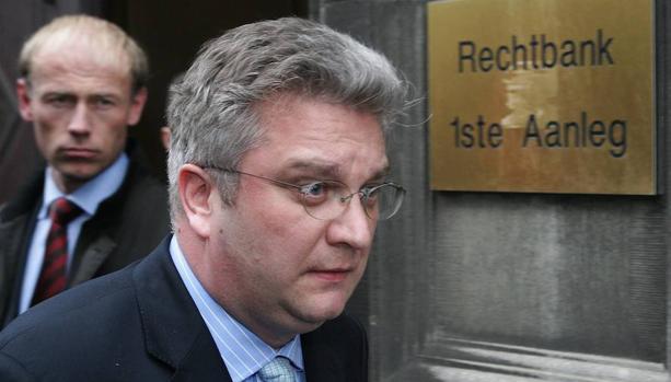 El primer ministro belga propone sancionar al príncipe Laurent por una reunión en la embajada china