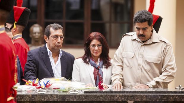EE.UU. sanciona al hermano de Chávez y a siete jerarcas más