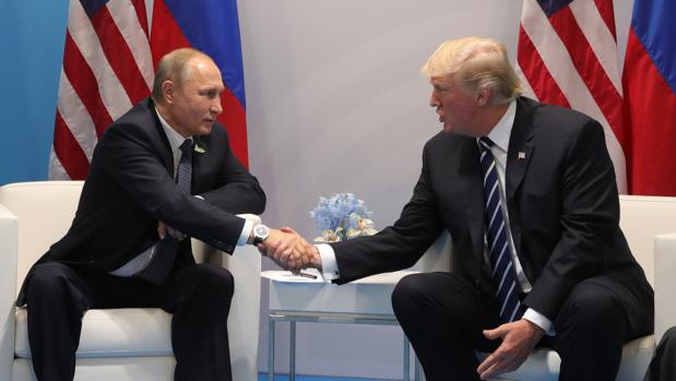 Trump agradece a Putin la expulsión de sus diplomáticos: «Nos ahorraremos mucho dinero»