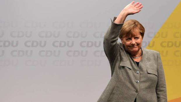 Merkel abre su campaña apelando al pleno empleo y al déficit cero