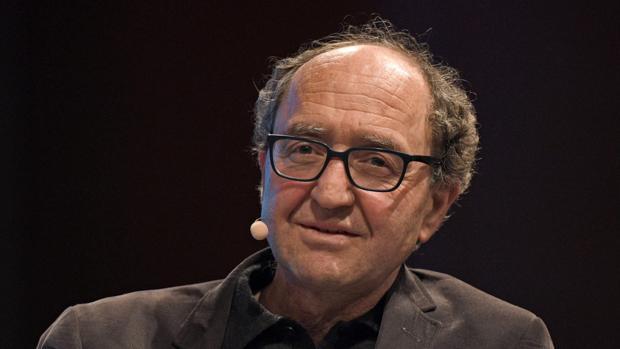 Turquía hace detener en España a un escritor alemán crítico con su gobierno