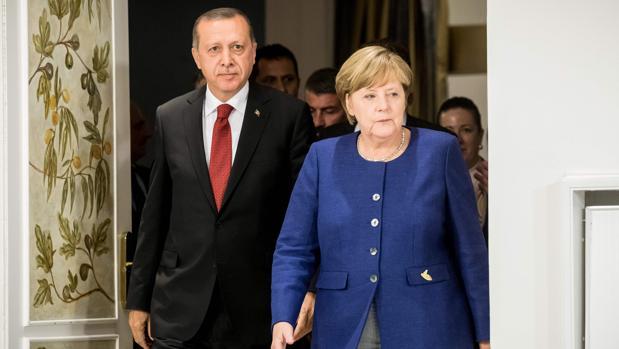 Erdogan asegura que no liberará a los tres alemanes encarcelados