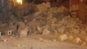 Un derruimbe a causa del terremoto