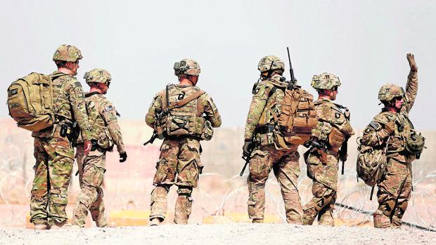 Trump acepta el reto de Afganistán pero se desmarca de Bush y Obama