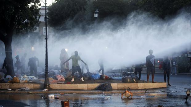 Al menos trece heridos tras enfrentamientos en Roma entre Policía e inmigrantes