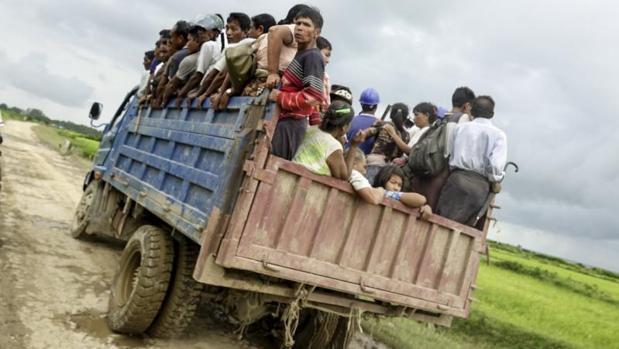 Al menos 72 muertos en ataques de rebeldes rohinyás en el oeste de Myanmar