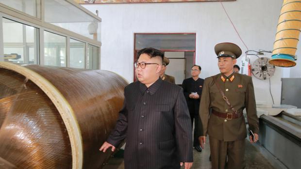 Corea del Norte dispara tres misiles de corto alcance al Mar de Japón