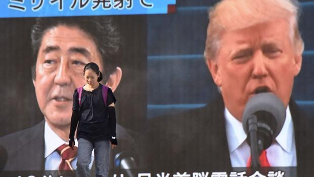 Abe y Trump acuerdan presionar más a Pyongyang tras su nuevo lanzamiento de un misil