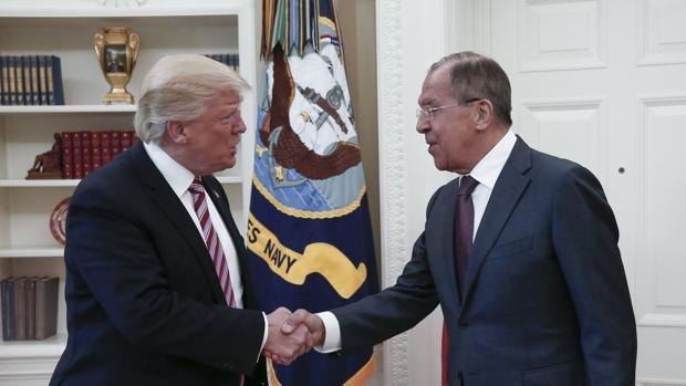 Rusia se propone responder con «dureza» al cierre de su consulado en San Francisco