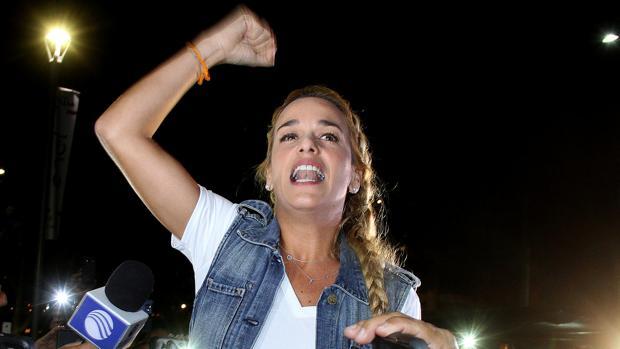 Tintori denuncia que las autoridades le han prohibido salir de Venezuela