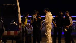 Una sola agente de los Mossos abatió a cuatro de los terroristas en Cambrils