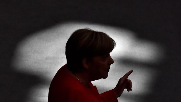 Merkel aboga ante Trump por una salida pacífica en el conflicto de Corea