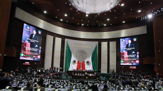 El Gobierno de México desvió 192 millones de dólares a empresas fantasmas, según un reportaje