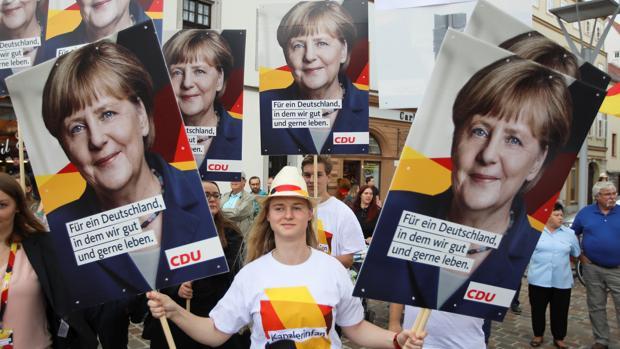 El mitin más difícil de Merkel