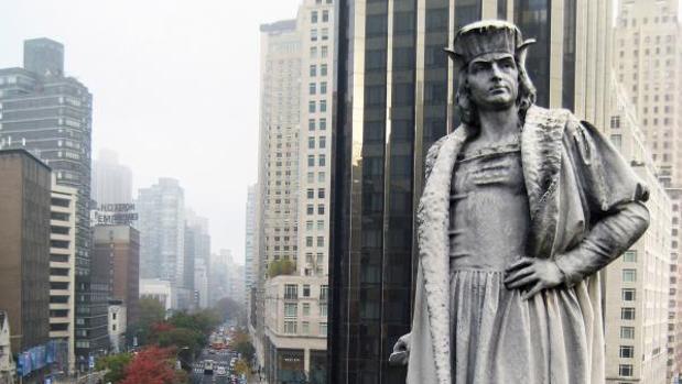 Monumento a Cristóbal Colón en el Columbus Circle de Nueva York