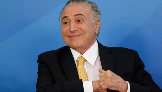 El presidente de Brasil, Michel Temer, durante una reunión con sindicalistas este martes en el Palacio de Planalto, Brasilia