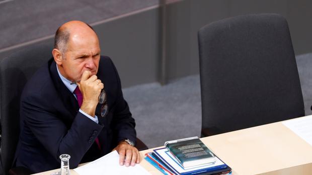 El fugitivo m s buscado de suecia es atrapado en viena for El ministro de interior