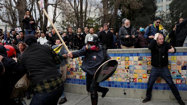 La derecha populista desembarca en la Universidad de Berkeley, bastión de la izquierda en EE.UU.
