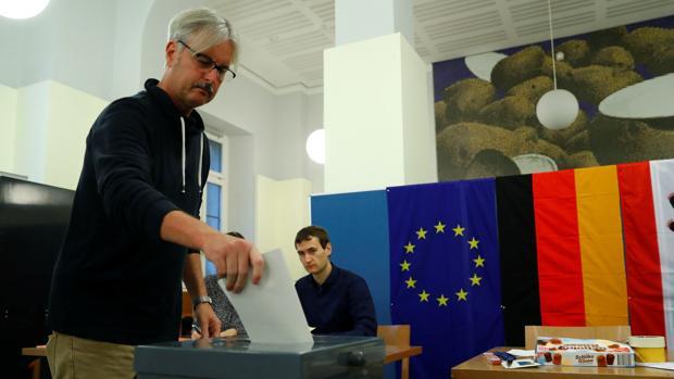 En directo: Abren los colegios electorales en Alemania
