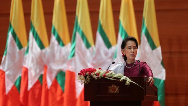 El Ejército birmano encuentra una fosa común con 17 cadáveres de hindúes