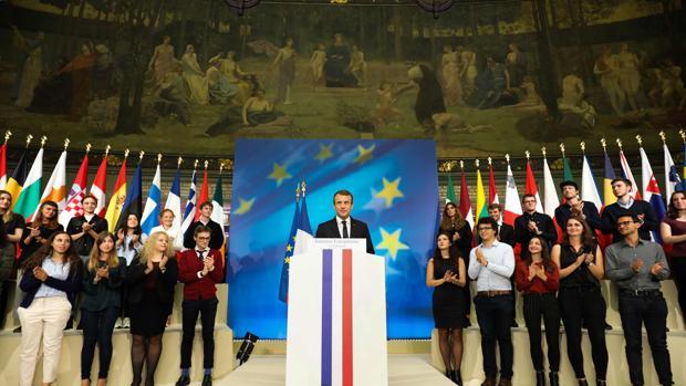 Macron durante su discurso en la universidad de la Sorbona