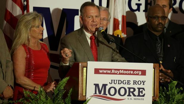 El candidato apoyado por Trump para senador en Alabama pierde las primarias