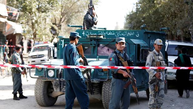 Al menos cinco muertos y seis heridos por una potente explosión en un barrio de Kabul