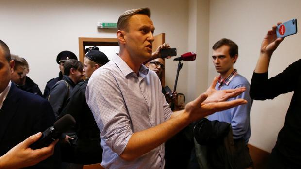 Un tribunal ruso condena al opositor Navalni a 20 días de prisión