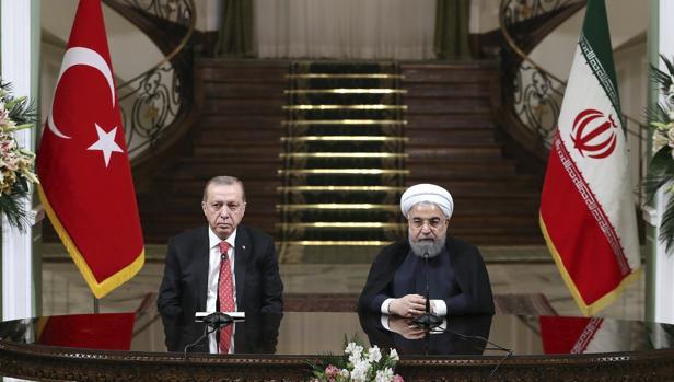Rohaní y Erdogan amenazan al Kurdistán iraquí con tomar medidas «más fuertes»