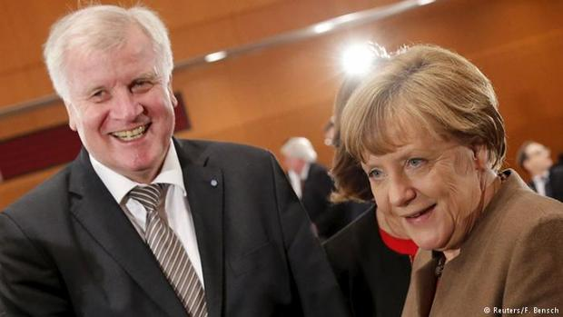 Dificultades de Merkel para formar gobierno con sus socios bávaros