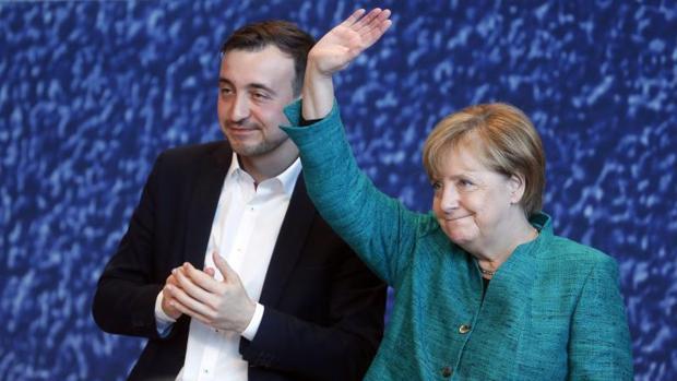 Merkel anuncia que un congreso de la CDU votará el acuerdo de «coalición Jamaica»
