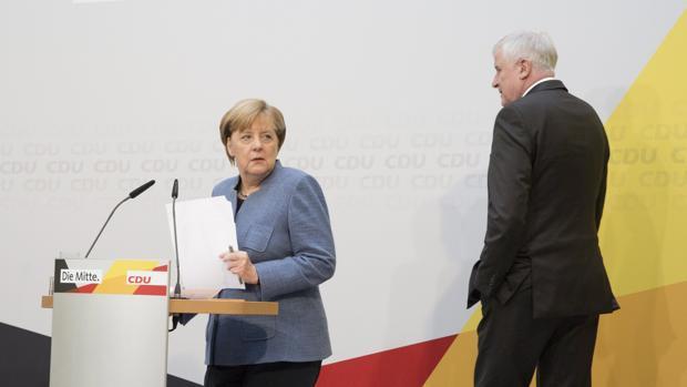 Liberales y verdes alemanes rechazan restringir la cuota de refugiados para una coalición con Merkel