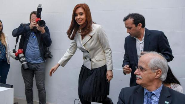 Hemeroteca: El juez procesará a Kirchner por encubrir a Irán en el caso AMIA | Autor del artículo: Finanzas.com