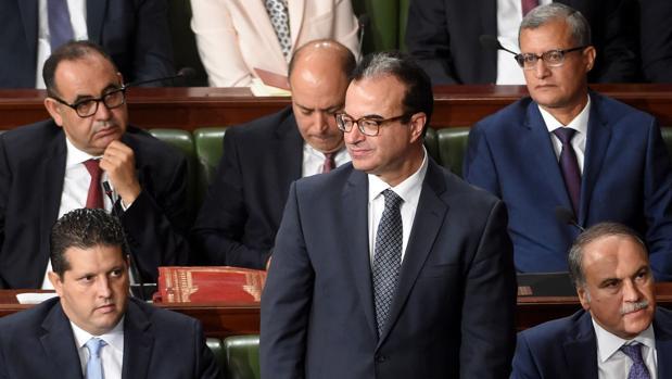 El ministro de Sanidad tunecino, Slim Chaker, en una sesión parlamentaria