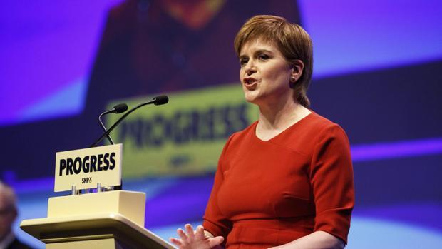 Hemeroteca: Sturgeon promete otro referéndum de independencia en Escocia   Autor del artículo: Finanzas.com