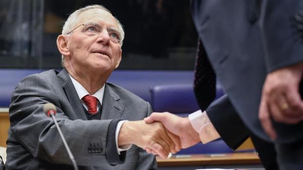 Wolfgang Schäuble se va de Finanzas, pero queda la austeridad en la UE