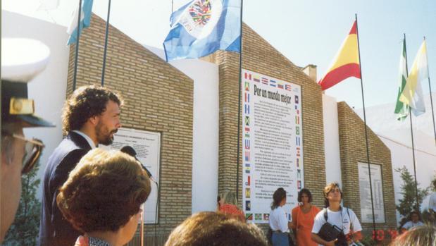 Los murales conmemoraban el «encuentro entre dos mundos»