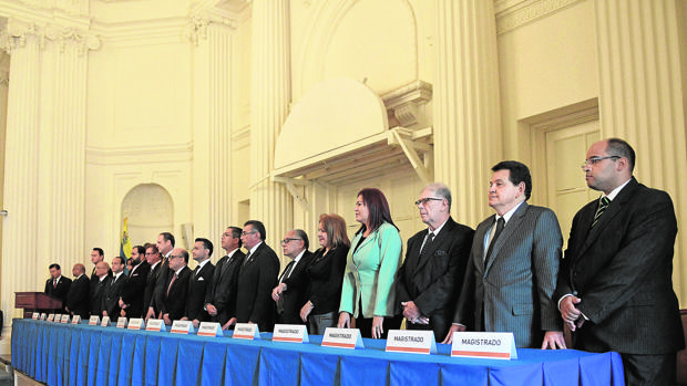 Los magistrados del Tribunal Supremo «legítimo» de Venezuela juran su cargo en la sede de la OEA