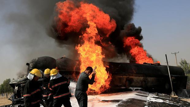 Al menos 32 muertos y 85 heridos en ataque talibán a la Policía en Afganistán