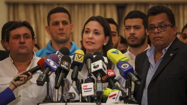 Ledezma y Machado piden un cambio de liderazgo en la oposición venezolana