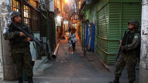 La favela de Rocinha en Río de Janeiro (Brasil) ha sido testigo estas semanas de enfrentamientos entre traficantes