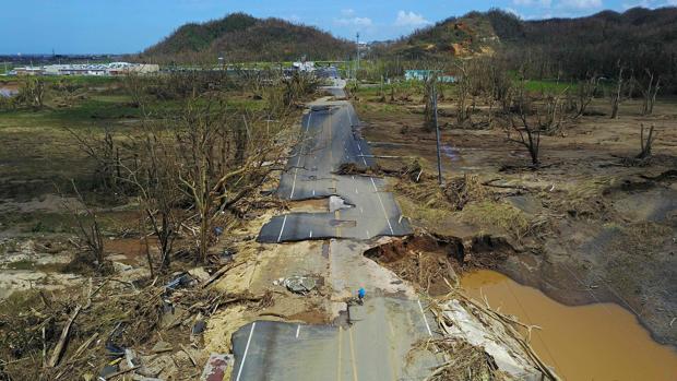El Congreso de EE.UU. aprueba una ayuda de 36.500 millones dólares por los huracanes