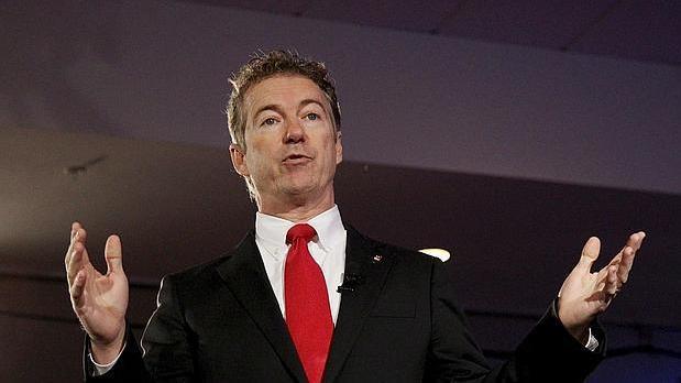 El senador estadounidense Rand Paul es asaltado y herido levemente en su casa